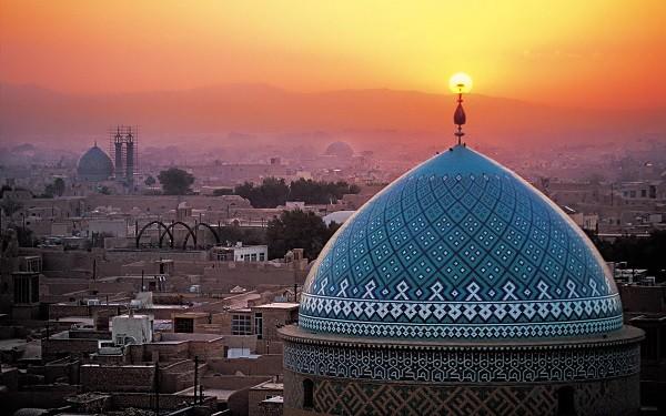 مساجد و نماز در آن